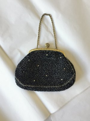 Vintage Clutch in Schwarz mit silbernen Perlenstickerein und goldenen Träger
