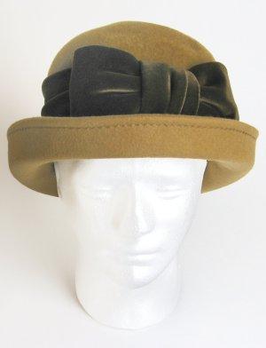 Cappello a bombetta bronzo