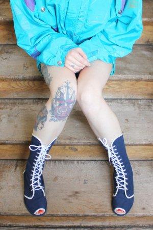 Vintage Designer Catwalk Lace Up Open-Toe Sandals