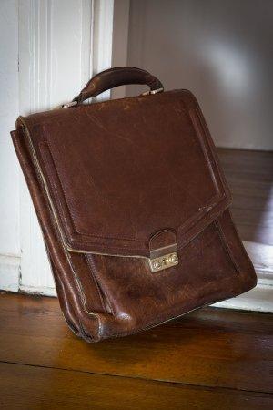 Vintage Handtasche aus dunkelbraunem Leder