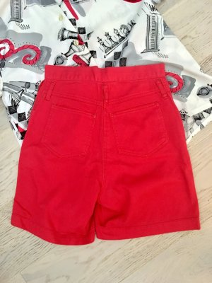 Vintage highwaist Roter Short aus Denim