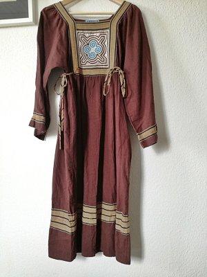 Vintage-Hippie-Kleid mit bunter Applikation