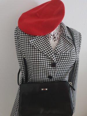 Cappello di lana rosso scuro