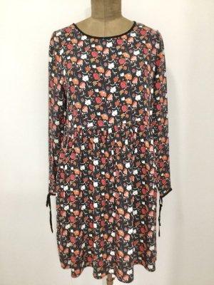 Vintage Kleid mit Blumenmuster und ausgestelltem Rock, passt Gr. 40/42