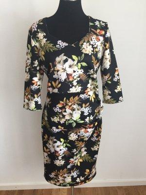Vintage Kleid mit tollem Druck 3/4 Arm, knielang