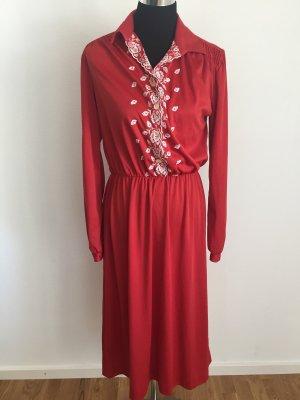Vintage Kleid rot mit weißer Stickerei
