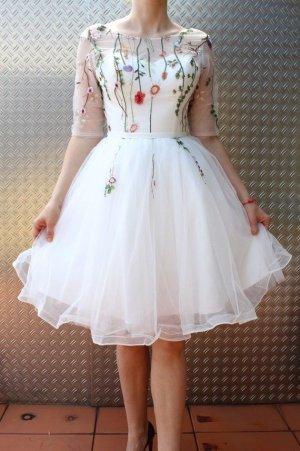 Vintage Kleid Weiß Stickerei Abendkleid Tüll Embroidered Weiß XS 34 Hochzeitskleid Embroidery Bestickt