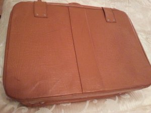 Suitcase cognac-coloured leather