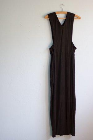 Vintage Langes schwarzes Kleid mit Struktur und Schlitz 40