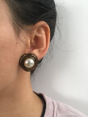 Earclip oatmeal-bronze-colored
