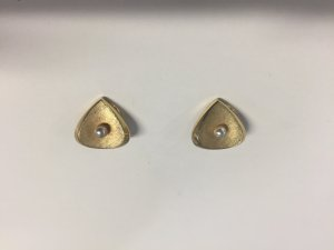 Earclip gold-colored-natural white metal
