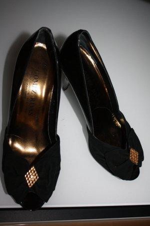 Vintage Peep Toes, Gomez Rivas
