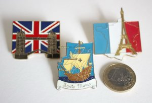 Vintage Pins London Paris Santa Maria