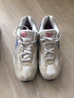 Vintage Reebok Sneaker