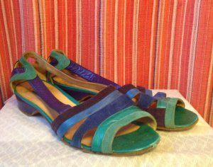 Vintage Strapped High-Heeled Sandals multicolored leather