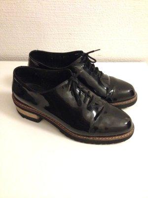 Vintage Schnürschuhe aus Lackleder, Gr. 37