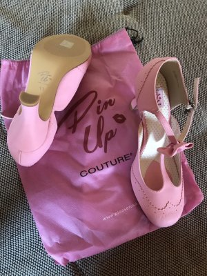 Pin Up Couture Tacones de tiras rosa