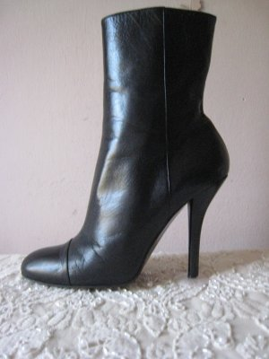 Gucci Booties black leather