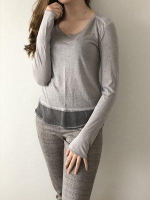 Vintage Shirt in grau und süßem Herz