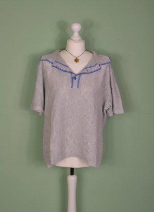 Vintage Shirt mit kleinen Cutouts und Knopfleiste