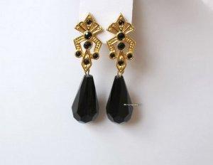 Vintage vergoldete Ohrringe schwarze Lucite Tropfen