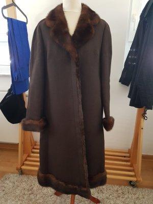 Cappotto in lana marrone scuro Lana vergine