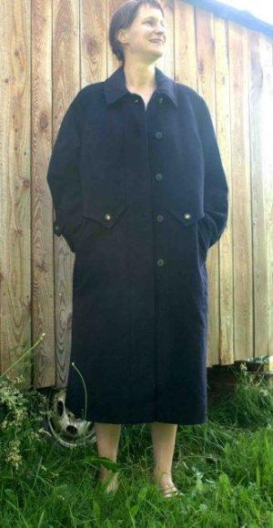 **VINTAGE** Wunderbarer dunkelblauer Mantel von Omi