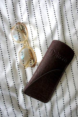 Vintagebrille in Nude/Weiß