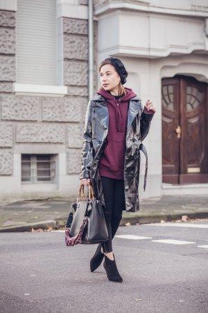 VINYL Trenchcoat schwarz lack, Miss Selfridges XS/ 34 Top für den Herbst
