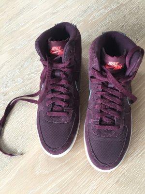 Violette Nike Air - nur einmal getragen