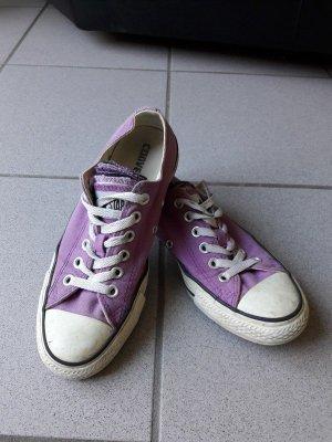 Violette Sneakers von Converse