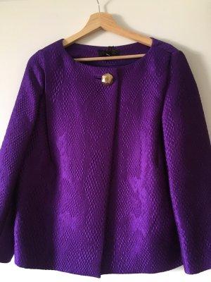 Violetter Blazer von Escada