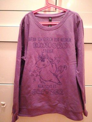 violetter Pullover mit Spruch