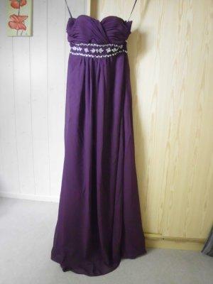 Violettes Abendkleid mit Herzausschnitt