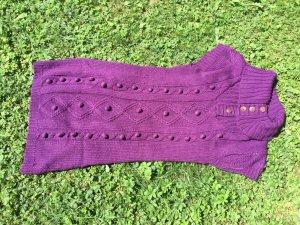 Violettes Kurzärmliges Strickkleid passend zum Herbst