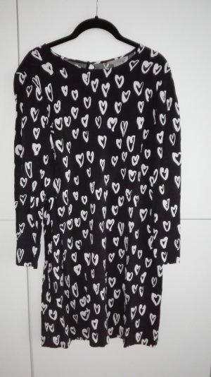 Viskose Kleid schwarz weiß Herz Print
