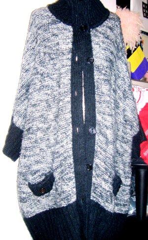 VM Oversize Strick Jacke Bl/White