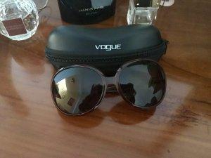 Vogue Brille , braune Farbe , fast neue