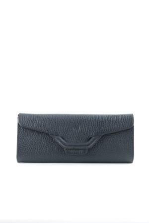 voi Clutch black street-fashion look