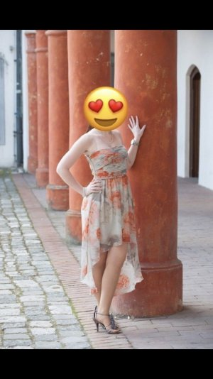 Villa Jurk met langere achterkant oranje-wit