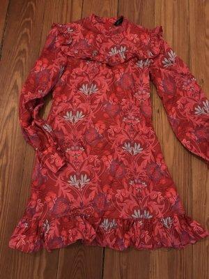 Volantkleid Blumenkleid mit Volants in Rottönen von Zara XS Minidress