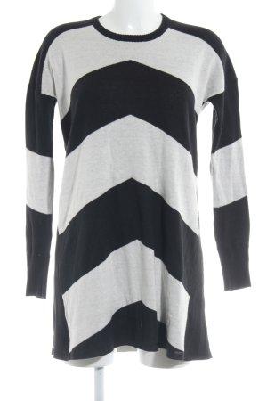 Volcom Pulloverkleid schwarz-wollweiß Streifenmuster Casual-Look