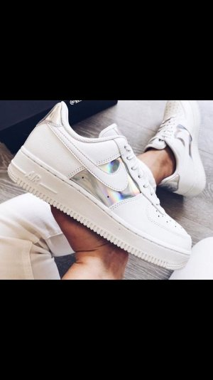 W Nike Air Force 1Low holographic white