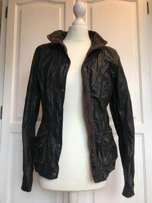 Wachsartige Jacke von H&M Größe 36