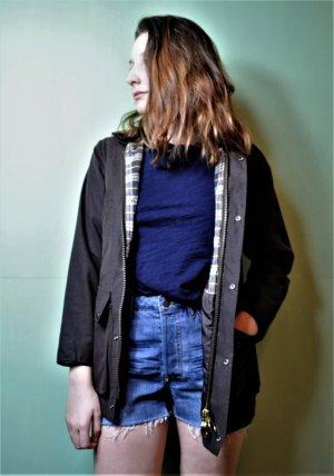 Wachsjacke von Urban Outfitters mit kariertem Innenteil