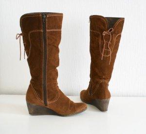 Wadenhohe Stiefel aus Echtem Wildleder mit Keilabsatz zum Schnüren