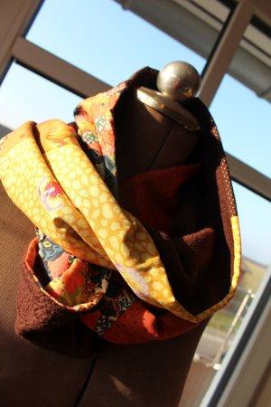 wärmender bunter Schlauchschal - selbstgenäht, neu und ungetragen
