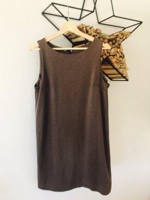 Wärmeres Jerseykleid im Etui-Style