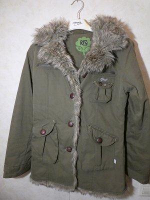 waldgrüne Jacke mit Kunstfellkragen und Kapuze