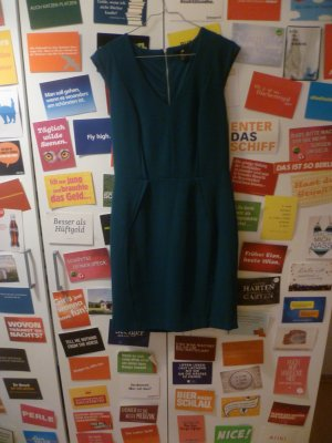 Waldgrünes Kleid von H&M, Anlass, Cocktail, Party, Business, Flaschengrün